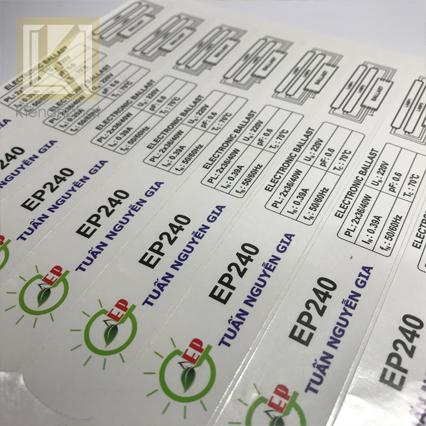Tư vấn và hỗ trợ thiết kế in tem nhãn decal tphcm