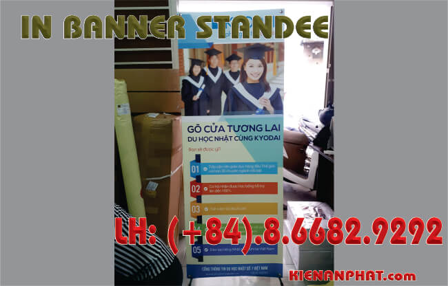 in banner standee