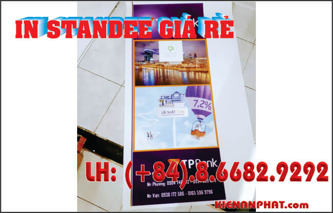in standee giá rẻ