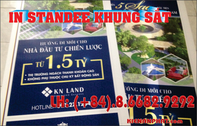 standee khung sắt